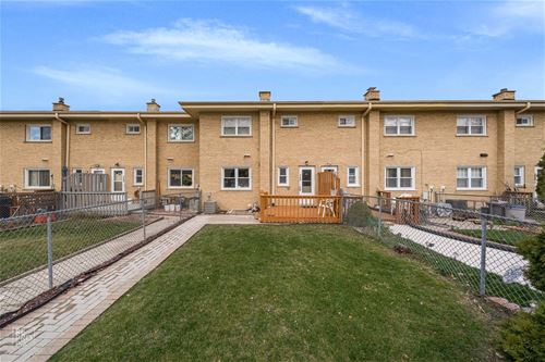 1290 N Wheeling, Mount Prospect, IL 60056