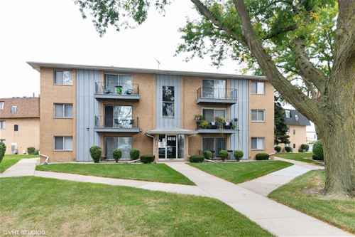 4819 W 109th Unit 102, Oak Lawn, IL 60453