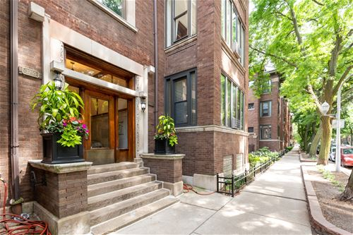 3755 N Pine Grove Unit 3, Chicago, IL 60613 Lakeview