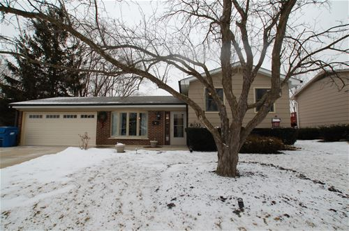 8033 Northway, Hanover Park, IL 60133