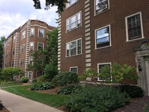 204 S Maple Unit 18, Oak Park, IL 60302
