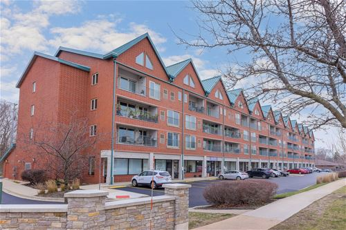 1111 Burlington Unit 207, Lisle, IL 60532