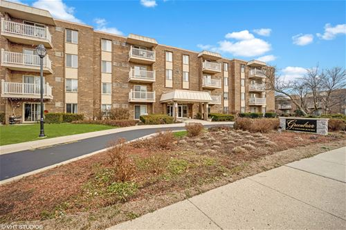 2423 N Kennicott Unit 4E, Arlington Heights, IL 60004