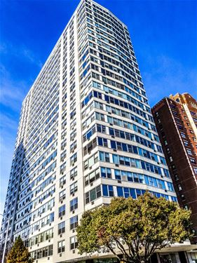 3900 N Lake Shore Unit 4F, Chicago, IL 60613 Lakeview