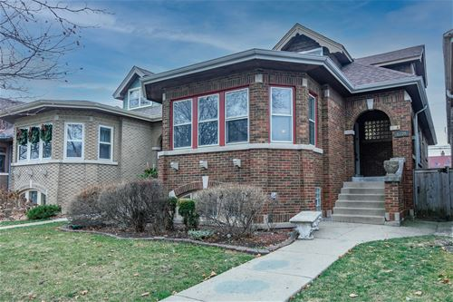 1739 N New England, Chicago, IL 60707