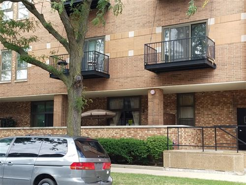 5200 S Ellis Unit 319, Chicago, IL 60615 Hyde Park