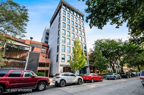 550 W Wellington Unit 8E, Chicago, IL 60657 Lakeview