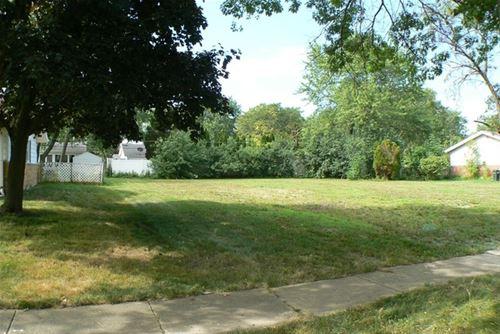 565 Maywood, Hoffman Estates, IL 60169