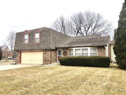 1202 Claridge, Libertyville, IL 60048