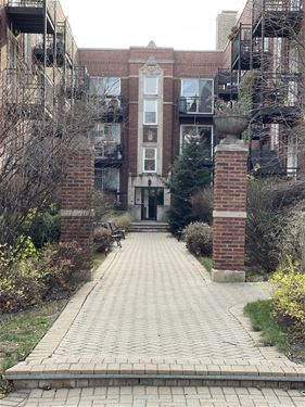 3705 N Kenneth Unit 213, Chicago, IL 60641 Old Irving Park