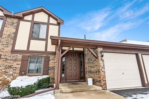 676 Cumberland Unit A-1, Roselle, IL 60172