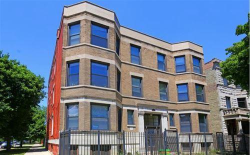 3270 W Palmer Unit 3W, Chicago, IL 60647 Logan Square