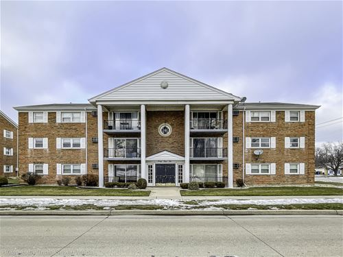 4410 W 111th Unit 202, Oak Lawn, IL 60453
