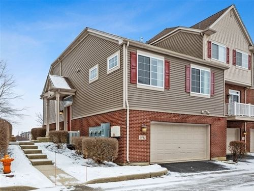 1941 Oxley, Naperville, IL 60563