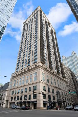 10 E Delaware Unit 28C, Chicago, IL 60610 Gold Coast