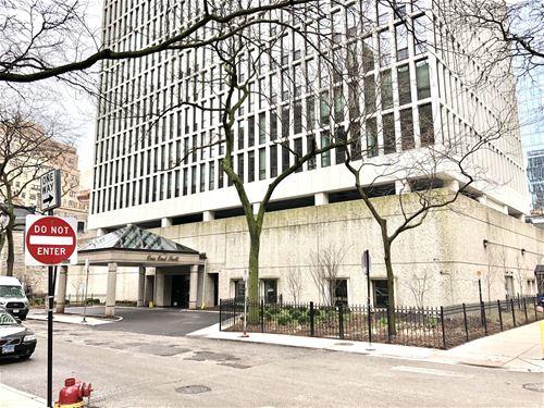 1 E Scott Unit 1812, Chicago, IL 60610 Gold Coast