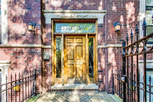 1533 N Cleveland Unit 2S, Chicago, IL 60610 Old Town