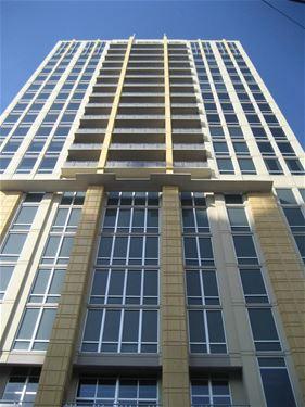 700 N Larrabee Unit 1107, Chicago, IL 60654 River North
