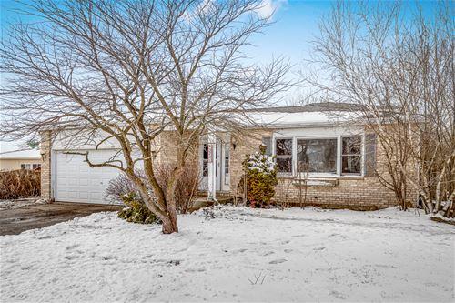 2741 Hillsboro, Lake In The Hills, IL 60156
