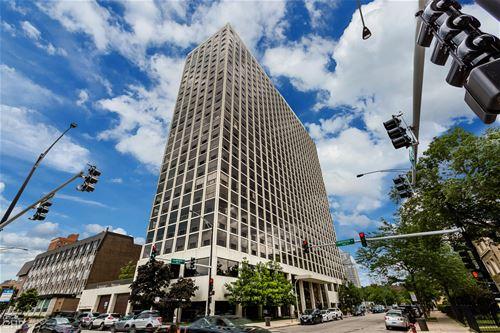 4343 N Clarendon Unit 1613, Chicago, IL 60613 Uptown