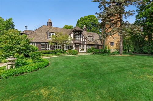 550 Hathaway, Lake Forest, IL 60045