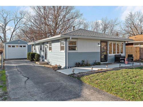 6108 Pershing, Downers Grove, IL 60516