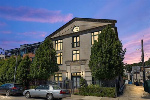 2642 N Lakewood, Chicago, IL 60614 Lincoln Park