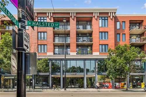 3232 N Halsted Unit D704, Chicago, IL 60657 Lakeview