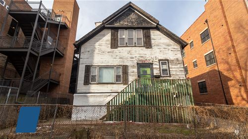 3710 N Kenmore, Chicago, IL 60613