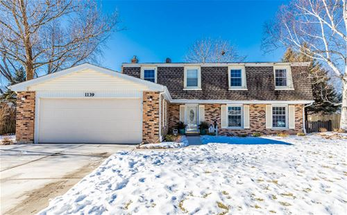 1139 Weeping Willow, Libertyville, IL 60048