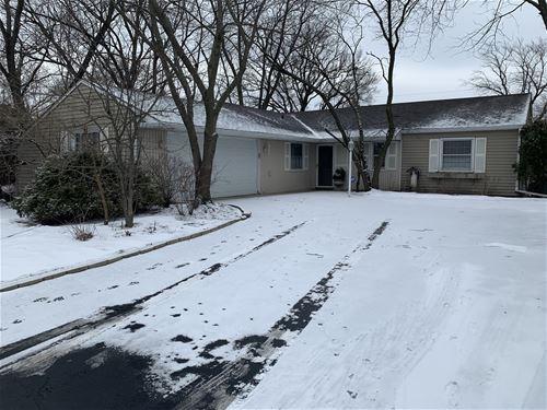 527 Redwood, Bolingbrook, IL 60440
