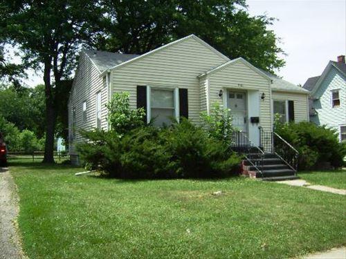 901 Wicker, Woodstock, IL 60098