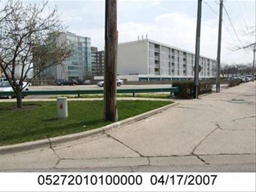 1657 Sheridan, Wilmette, IL 60091
