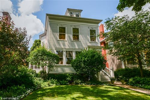 5344 N Wayne, Chicago, IL 60640 Andersonville
