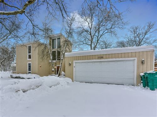 1126 Wincanton, Deerfield, IL 60015