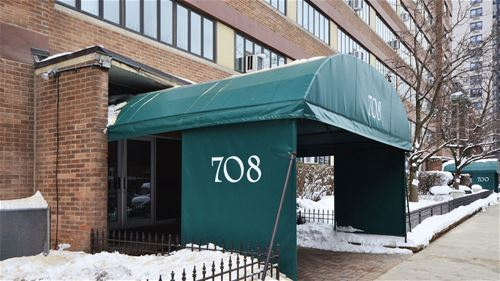 708 W Bittersweet Unit 503, Chicago, IL 60613