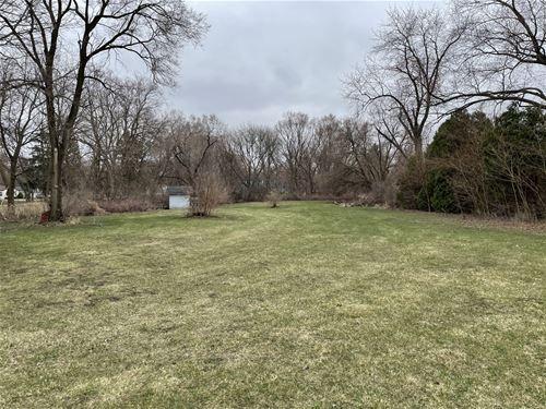2021 Poplar, Hanover Park, IL 60133