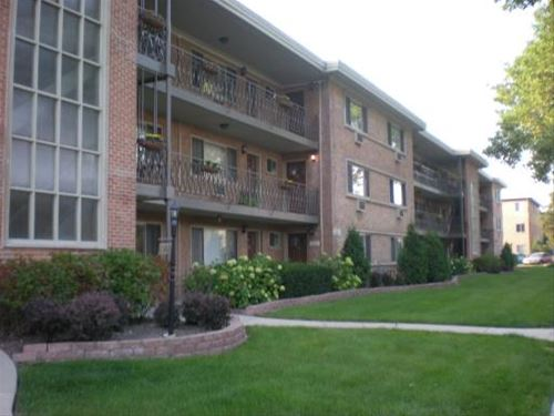 202 N Salem Unit 6B, Arlington Heights, IL 60005