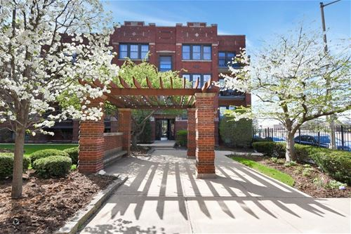 645 Garfield Unit 1, Oak Park, IL 60304