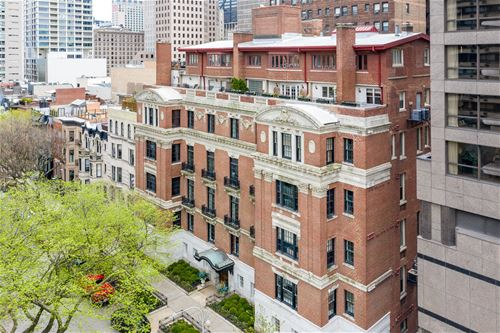 33 E Bellevue Unit PH-W7, Chicago, IL 60611 Gold Coast