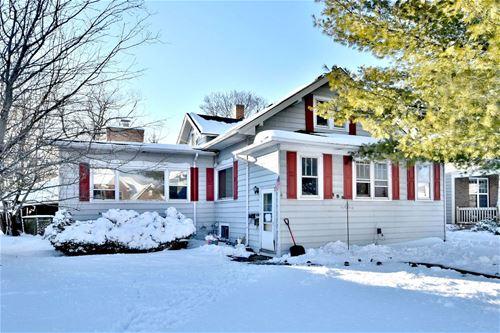 386 N Ridgeland, Elmhurst, IL 60126