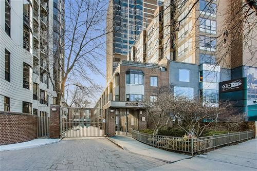 1740 N Clark Unit 1736, Chicago, IL 60614
