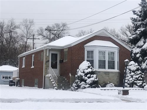 10143 The Strand, Westchester, IL 60154