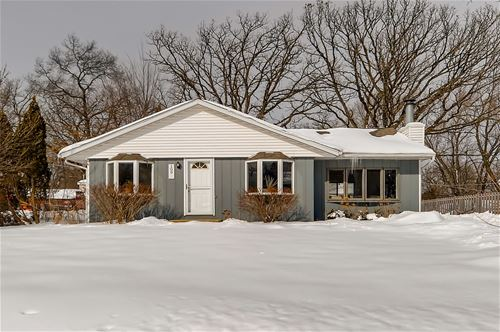 109 Woody, Lake In The Hills, IL 60156