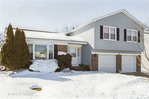 135 Warwick, Glendale Heights, IL 60139