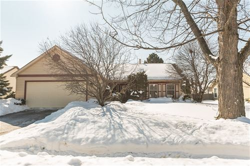 47 Bosworth, Glendale Heights, IL 60139