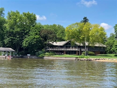 23975 N Hickory Nut Grove, Cary, IL 60013