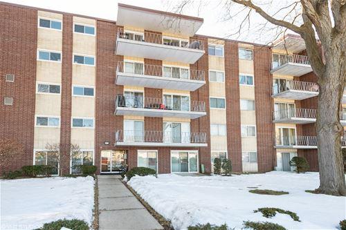 2900 Maple Unit 4E, Downers Grove, IL 60515