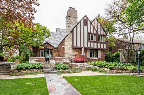 815 The Pines, Hinsdale, IL 60521
