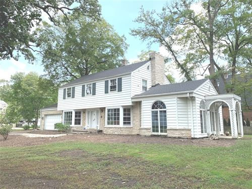 675 Oak, Glen Ellyn, IL 60137
